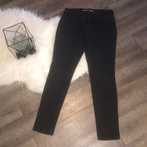 Faded Black Old Navy Skinny Jeans- Sz 2 Short